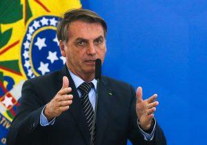 Pauta da reunião de Bolsonaro com militares foi STF, Moro e coronavírus