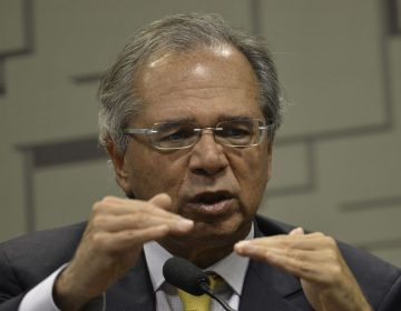 Guedes revela que prepara pacote para empregos