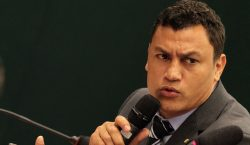 Apoio a Bolsonaro leva Popó a nocaute técnico