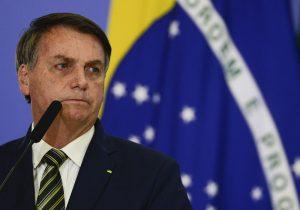 Bolsonaro procura presidentes para se defender e segurar capitais