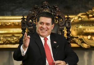 Bretas solicita à Justiça do Paraguai que localize Cartes para depor