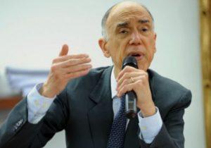 Ex-vice Marco Maciel ganha poema de suplente pelos 80 anos