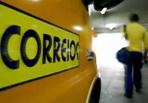 """Funcionários alegam """"discussão rasa"""" sobre privatização dos Correios"""