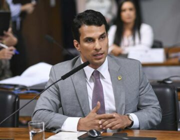 Senador aposta em cassinos e resorts no Brasil