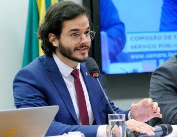 Candidatura de Túlio Gadelha naufraga no Recife