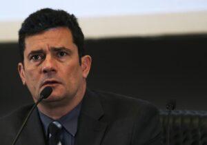 Com perfil técnico e Lava Jato no histórico, Moro bloqueia caminho político