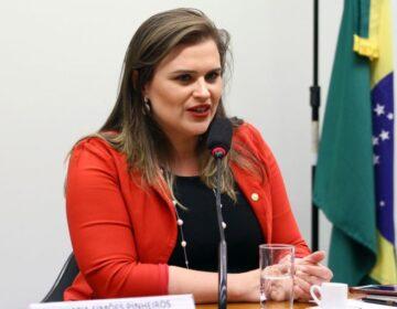Sequelas eleitorais: Marília Arraes evita cumprimentar João Campos