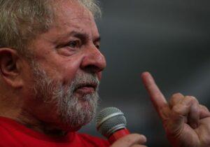 Lula dispensa Marília Arraes no estilo 'paz e amor'