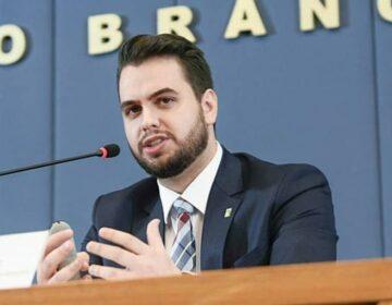 Governo espera punição a Martins pelo MP