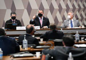 Senadores da CPI já capitalizam apoio nos Estados para suas candidaturas