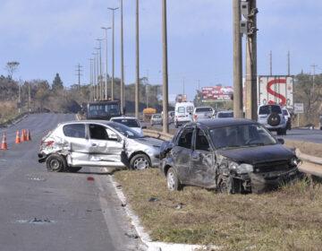 Acidentes nas estradas aumentam com retomada de viagens
