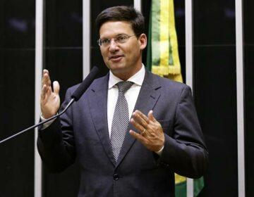 Com missão eleitoral, Roma leva até deputado da oposição a Bolsonaro