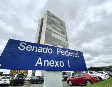 Foragido da Justiça assina requerimento no Senado pedindo destituição do STF
