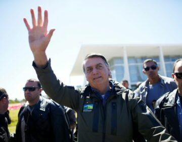 Acusado de propaganda antecipada, Bolsonaro ganha ação contra PCdoB